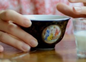 Как приготовить зеленый чай с молоком и что нужно знать про свойства этого напитка?